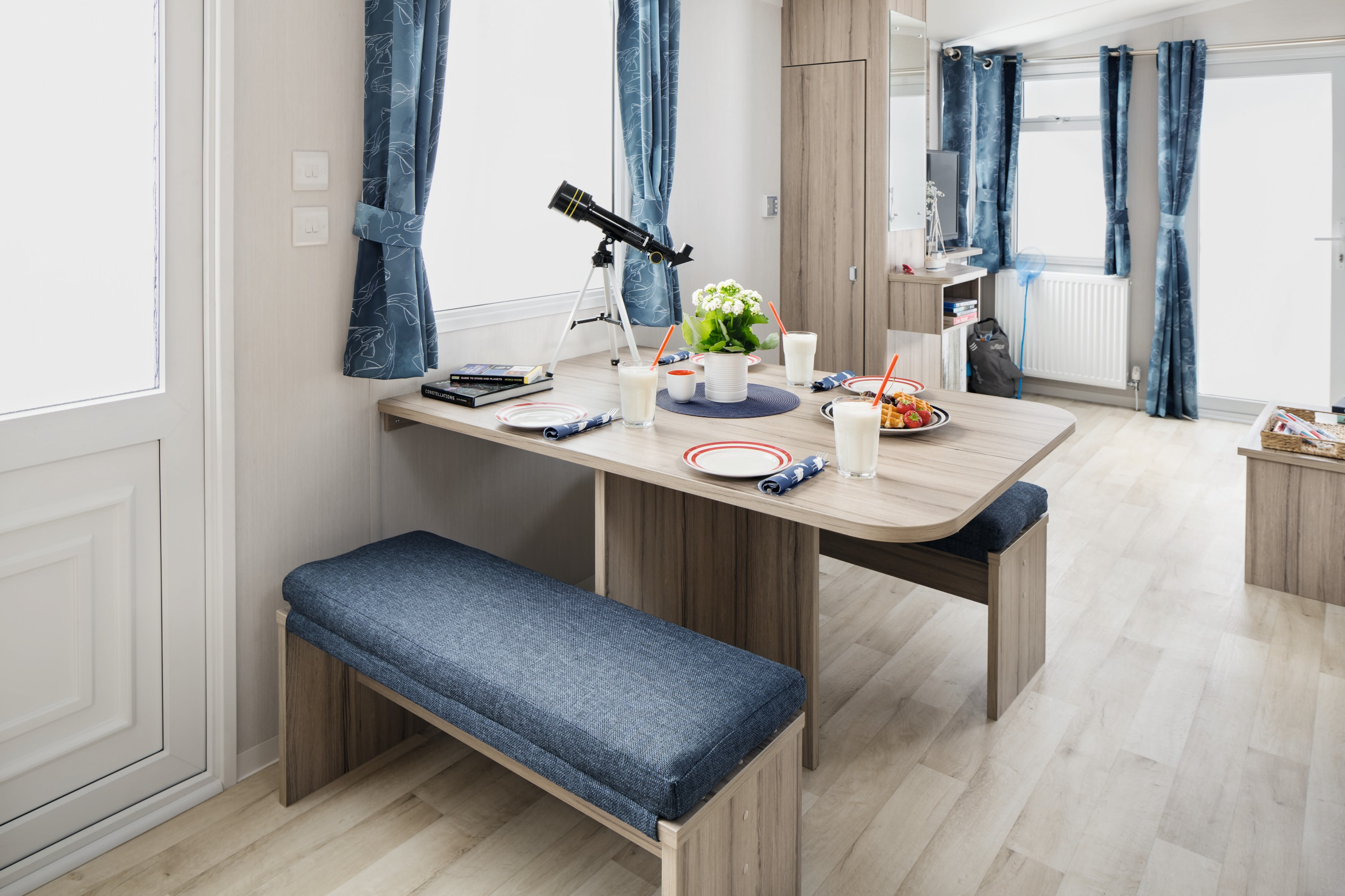 Atlantique holiday home Dining Table